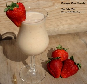 NurturMe with a Banapple Berry Smoothie #recipe