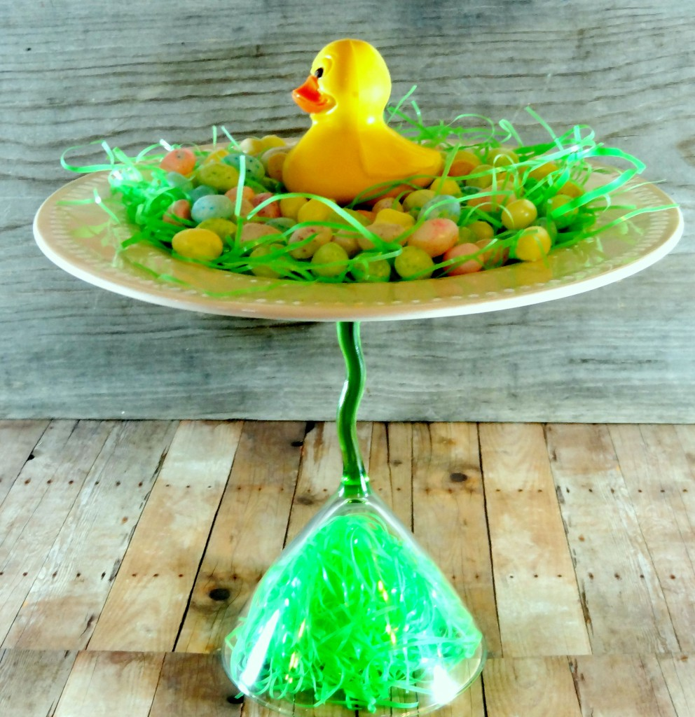 How to make an easter centerpiece and a homemade pedestal