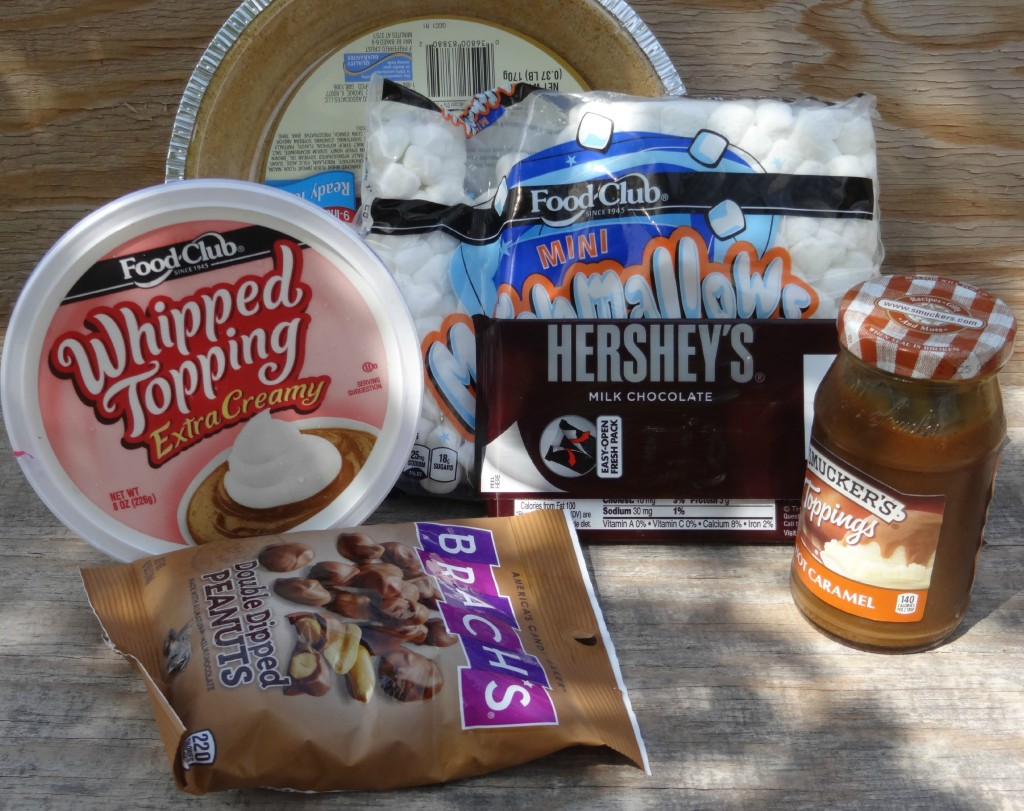 Ingredients for Smores Pie