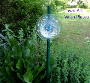 How to Make Outdoor Lawn Art With Glass Plates