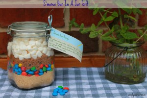 S'mores Bars Gift in a Jar