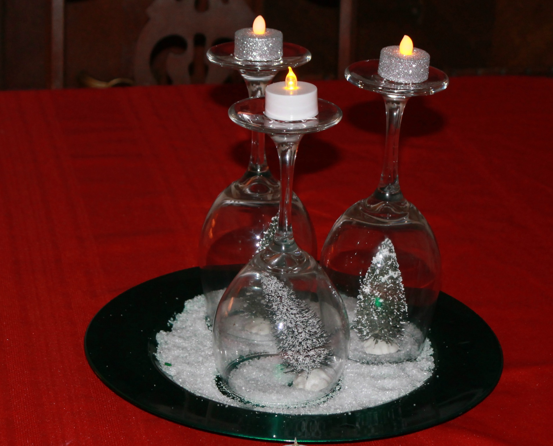 How to make a simple holiday tree christmas centerpiece