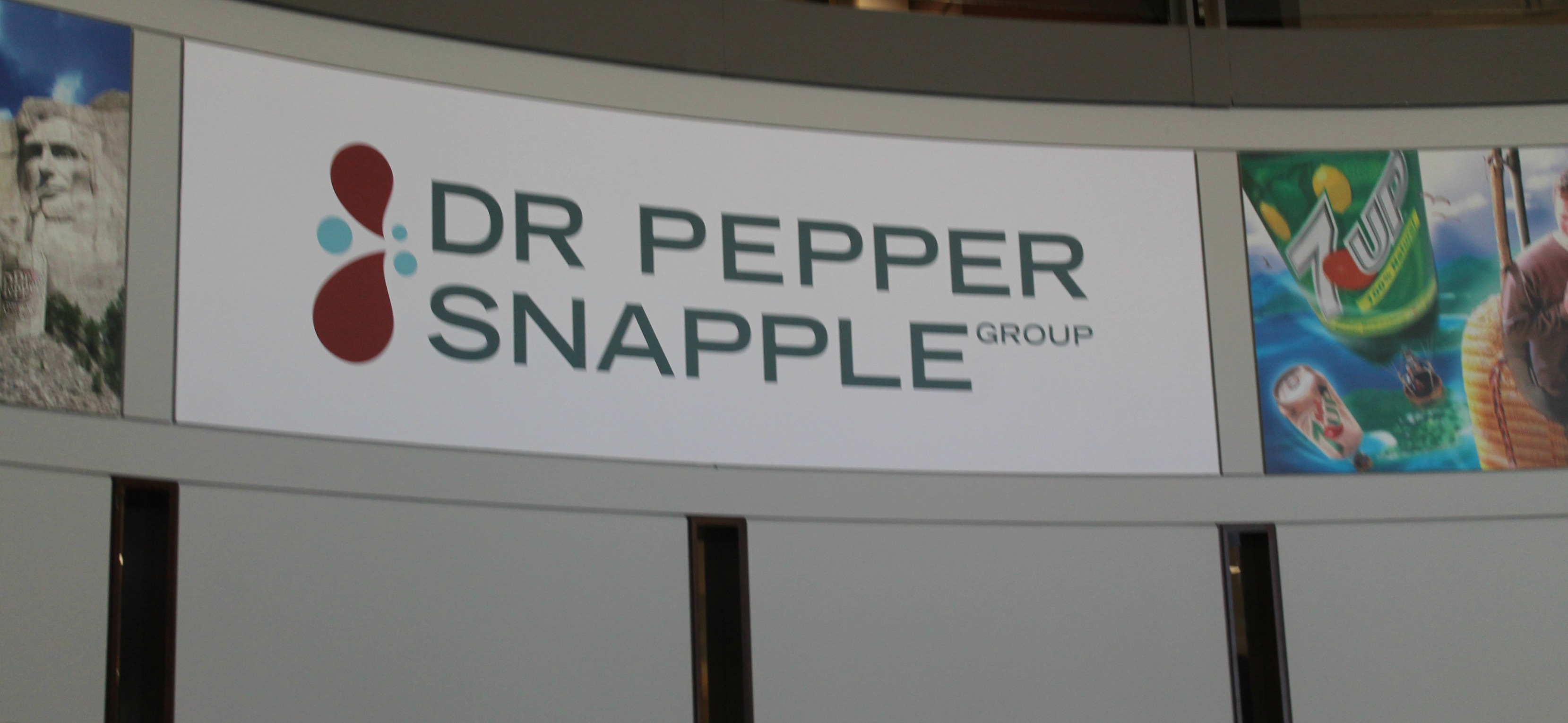 dr pepper snapple 2,966 tweets • 871 photos/videos • 7,176 followers dr pepper snapple group and keurig green mountain announce timing of investor event.