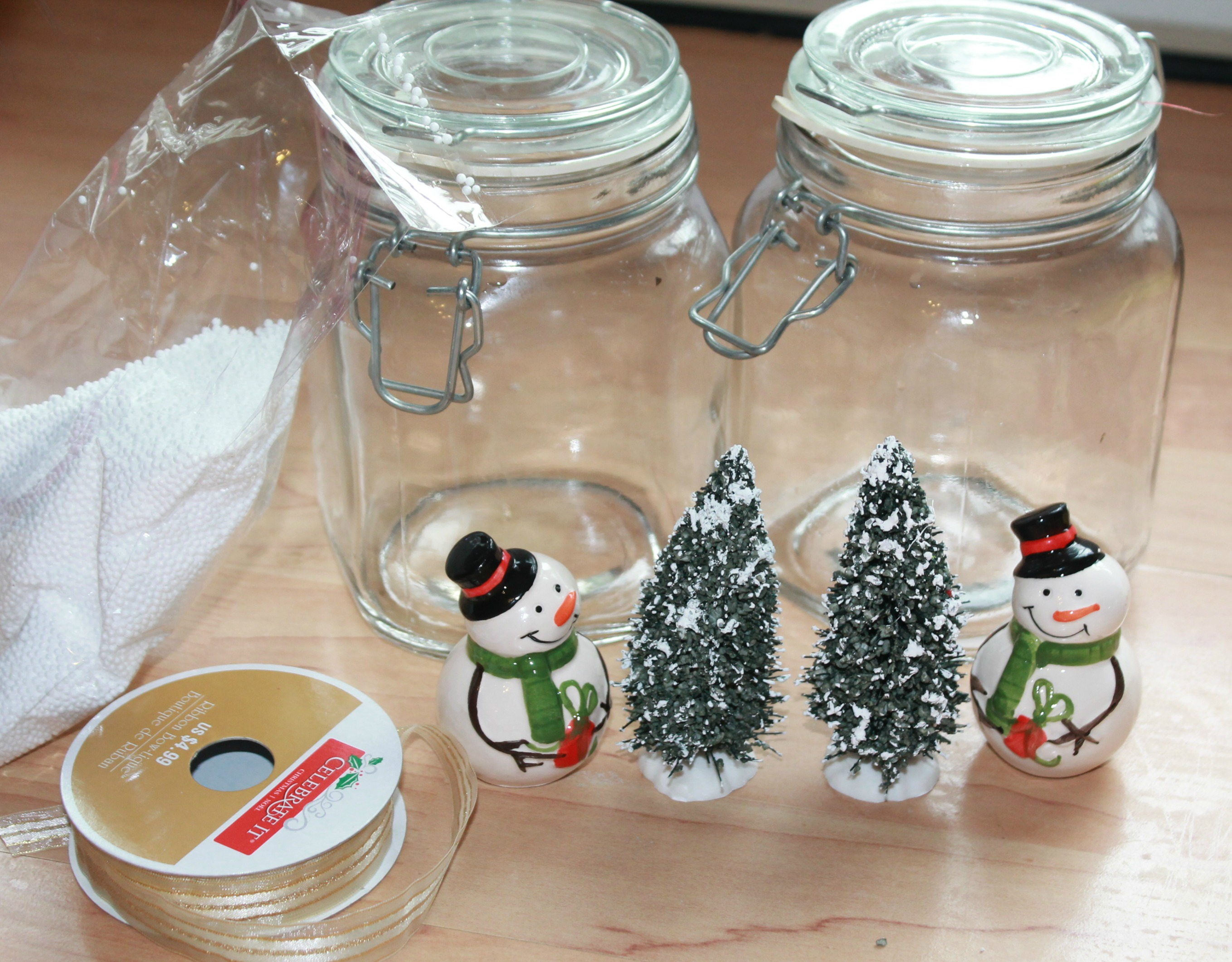 Diy Christmas Tree Table Decoration : How to make easy snowman christmas table centerpieces