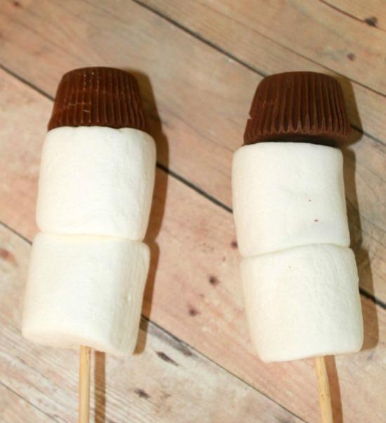 make-marshmallow-snowman-step-1-resized