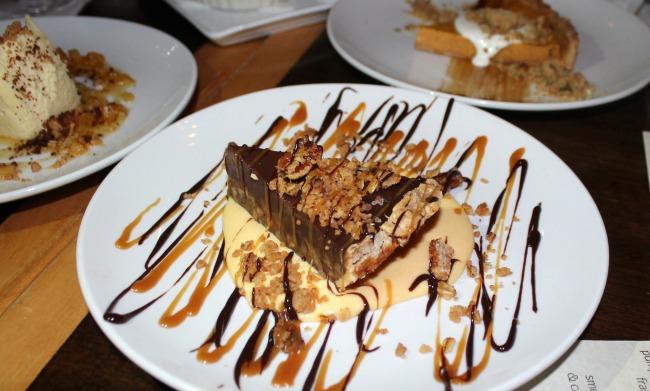 saltus-river-grill-desserts