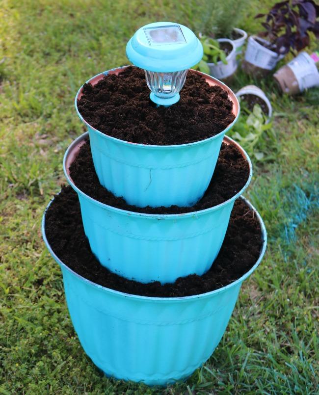 solar light flower pot instructions