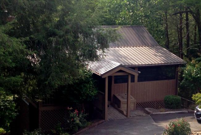 hidden mountain resort cabin