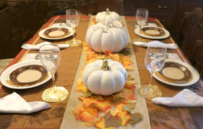 Tablescape for Thanksgiving easy