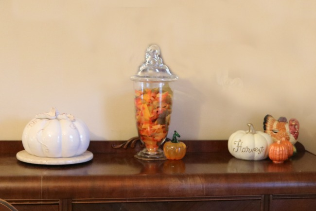 Thanksgiving Sideboard Decor