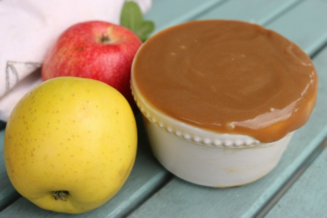how to make simple salted caramel sauce